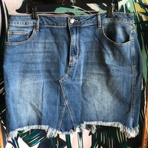 NEVER WORN Denim Mini Skirt with Frayed Ends!
